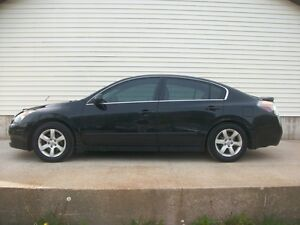 2008 Nissan Altima LUXURY SEDAN WITH LEATHER AND ALL THE OPTIONS