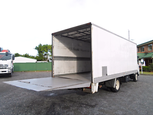 $65/an hour for. 2 men and 4.5 tonne truck + free wrappings Prestons Liverpool Area Preview