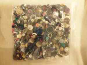Button Collection - Large Ziplock Bag Weighing Over 1 Kilogram