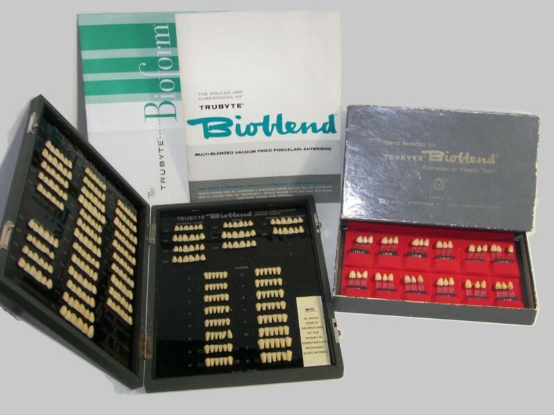 Vintage Dental Bioblend Denture Tooth Mould/Shade Selector Guides Wood Case -DE3