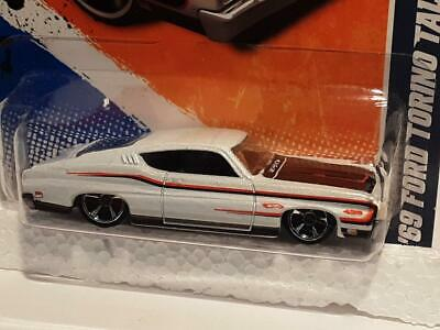 HOT WHEELS '69 FORD TORINO TALLADEGA 3/10 MUSCLE MANIA 103/244