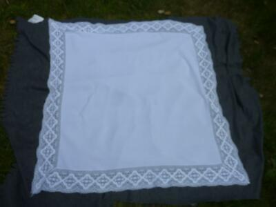 A Lovely Vintage small tablecloth with lace edging