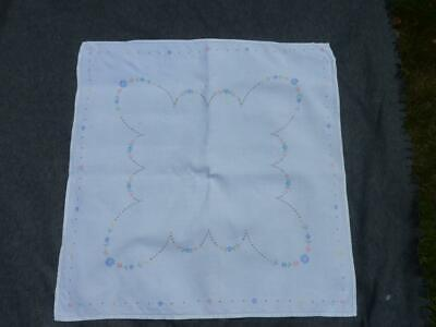 A Lovely Vintage Irish linen embroidered small tablecloth Floral pattern #1