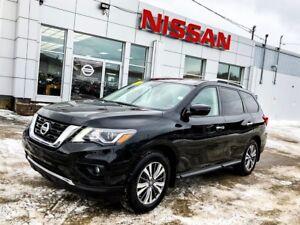 2017 Nissan Pathfinder SV AWD!  $194 BIWEEKLY!