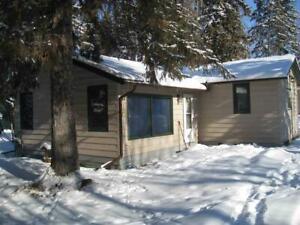 25 Pine CR Rural Lac Ste. Anne County, Alberta