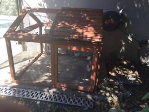 second hand dog house and duck house for free Oatley Hurstville Area Preview