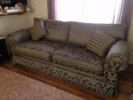 Lounge Suite - East Style Furniture