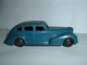 DINKY TOYS 39E CHRYSLER ROYALE SEDAN IN USED CONDITION VINTAGE SEE PICS