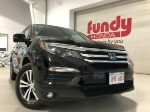 2017 Honda Pilot EX-L w/leather, power seats ONE LOCAL OWNER, NO