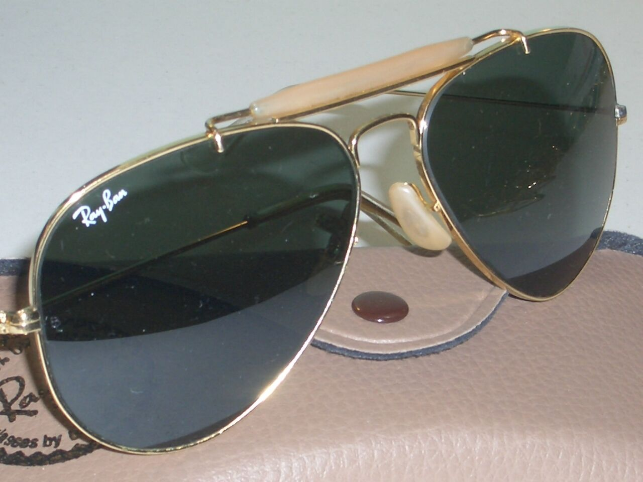 1980's 62mm LARGE B&L RAY BAN G15 UV GOLD OUTDOORS