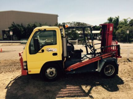 Forklift and trailer Basalt Charters Towers Area Preview