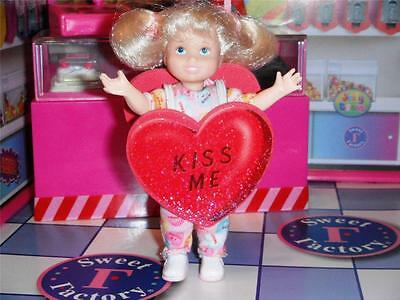 Kelly Valentines Conversation Heart Costume Fit Fisher Price Loving Family Dolls - Converse Costume