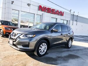 2017 Nissan Rogue S $166 BI-WEEKLY!!! Almost like new SUV!!