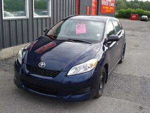 2013 Toyota Matrix 5 Speed Air Power group