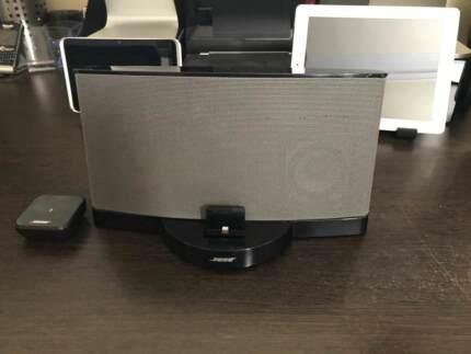 Bose SoundDock Series III w/ Lightning Dock Connector + Bluetooth