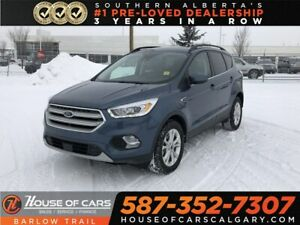 2018 Ford Escape SEL / Heated leather seats / Back up Camera