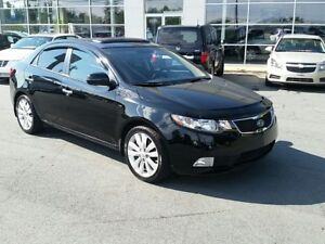 2013 Kia Forte SX Heated Leather, Power Sun Roof