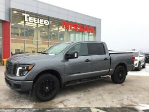 2018 Nissan Titan SL MIDNIGHT EDITION W/Tonneau Cover