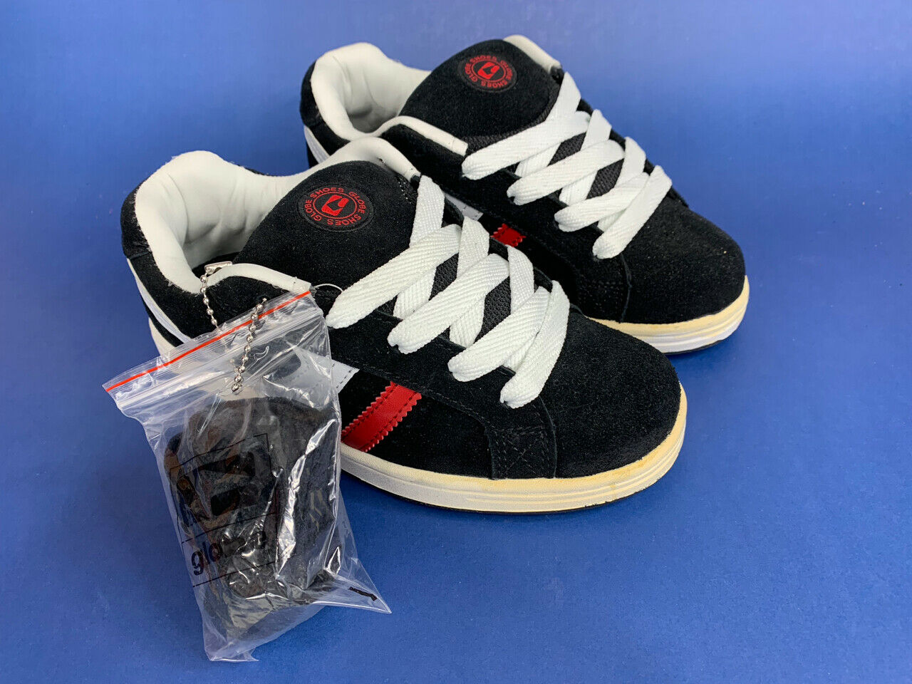 NEW GLOBE BLITZ KIDS Skateboard Skate Shoes Size 4.0 NOS No