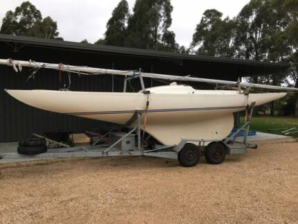 Dragon Keelboat and trailer