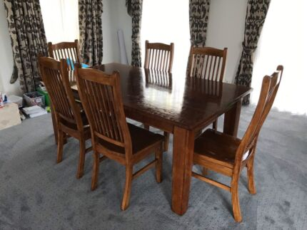 7 Pieces Solid Timber Dinning Set For Sale