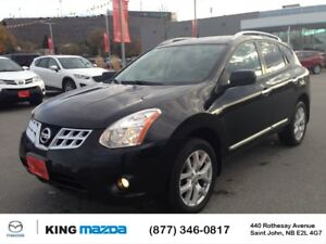 2013 Nissan Rogue SV VERY CLEAN..HEATED SEATS..BLUETOOTH...SUNRO
