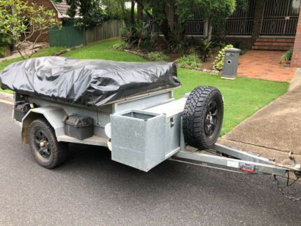Customline Camper Trailer