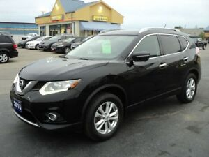 2015 Nissan Rogue SV 2.5L AWD HeatedSeats BackUpCamera Moonroof