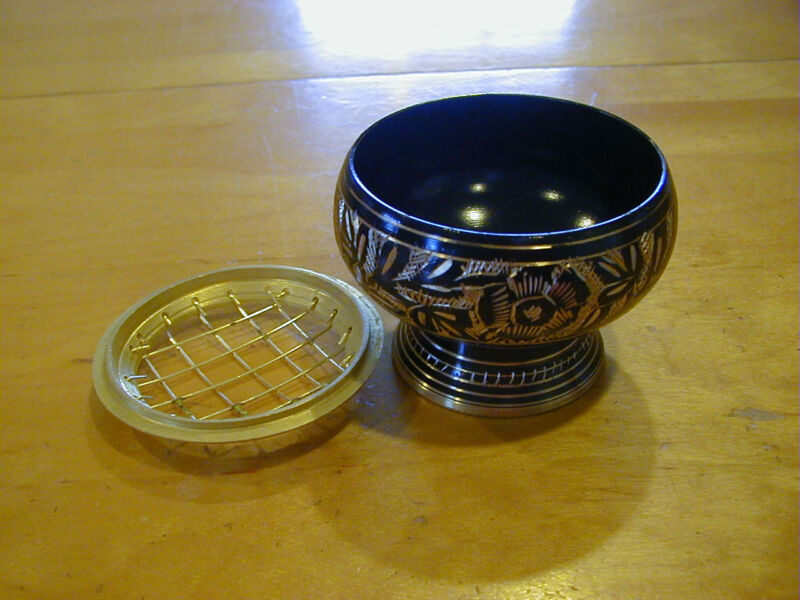 Black Ornate Brass charcoal resin incense burner With Free Resin Sample