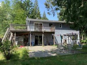 867 REED ROAD Gibsons, British Columbia