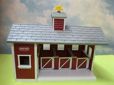 Breyer Animal Creations Stablemates #59197 Red Stable Barn Doors OPen