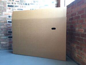 Linsar TV LCD flat screen large box transport or storage 1470mm x 220mm x 980mm