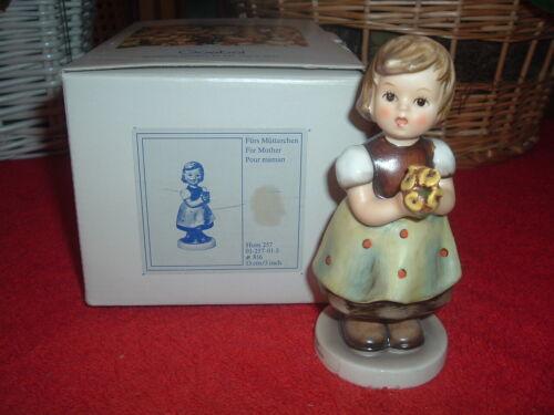 HUMMEL  For Mother, #257, TMK-6, NEW, w/Original Box