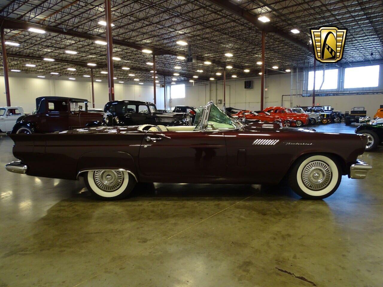 Ford Thunderbird 1957 photo 6