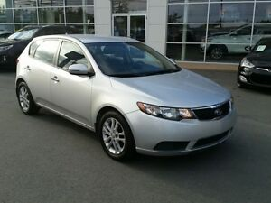 2012 Kia Forte5 2.0L EX Auto, Heated Seats