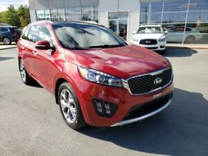 2016 Kia Sorento 3.3L SX SX V6 7 Pass. Leather. Roof.