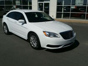2014 Chrysler 200 LX Auto. Michelin tires. New MVI. Super clean.