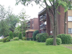 2 Bedroom unit in DDO - 514-683-2252