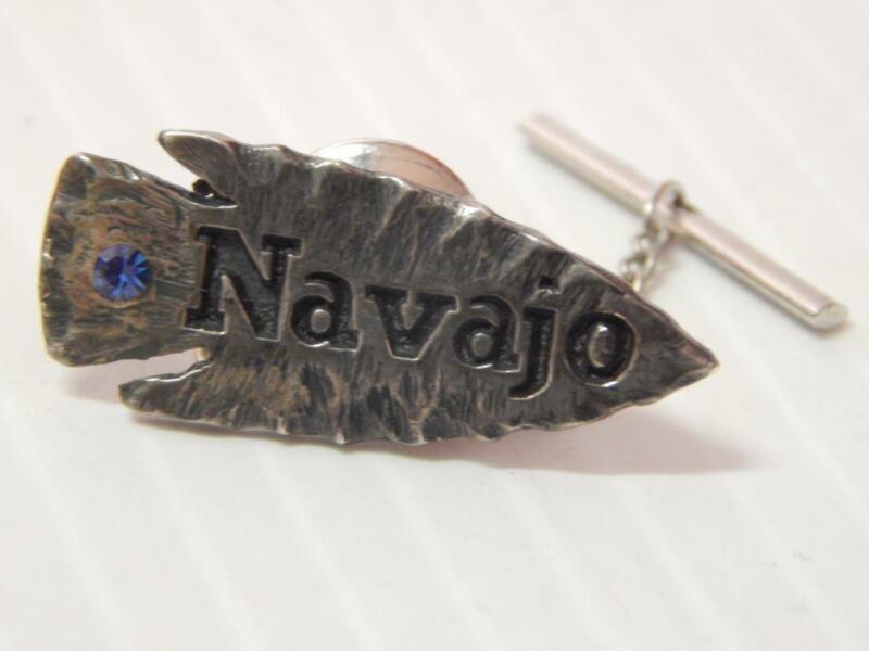 VINTAGE NAVAJO ARROWHEAD PIN STERLING SILVER  - OLD PATINA - UNIQ PIECE - TRUCK