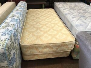 PRICE REDUCED! SINGLE BED ENSEMBLE! VERY GOOD CONDITION! Bentley Canning Area Preview