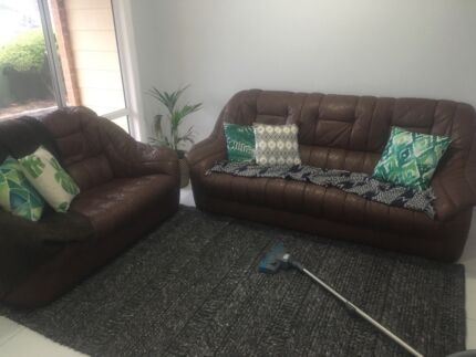 3 & 2 seater brown leather lounge