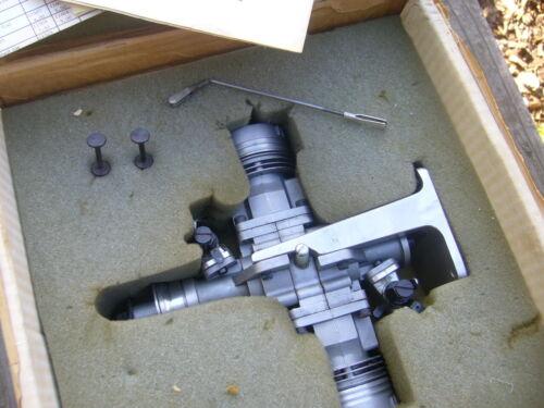 NIB FOX TWIN 1.20 OPPOSED R/C MODEL AIRPLANE GLOW ENGINE 20CC NOS RARE 1979