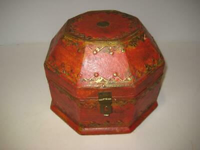 Vintage Red wood Jewelry Box-7x4.8x2.8 Wooden Jewelry box with Brass border and Brass Hing Old Jewelry Box in Red color