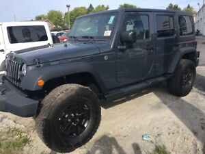 2017 Jeep Wrangler Unlimited WILLYS  4000$ extra