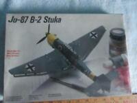Trumpeter 3215 Junkers Ju-87B-2//U-2 Stuka in 1:32