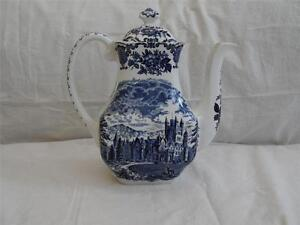 VINTAGE ENOCH WEDGEWOOD BLUE ROYAL HOMES OF BRITAIN TEAPOT .