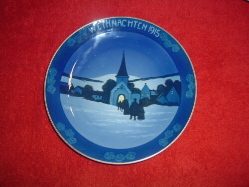"""ROSENTHAL  1915 Christmas Plate, 8"""", Mint, Original Issue with holes for hanging"""