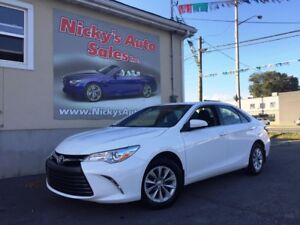 2017 Toyota Camry LE - BACKUP CAM - BLUETOOTH - FACTORY WARRANTY