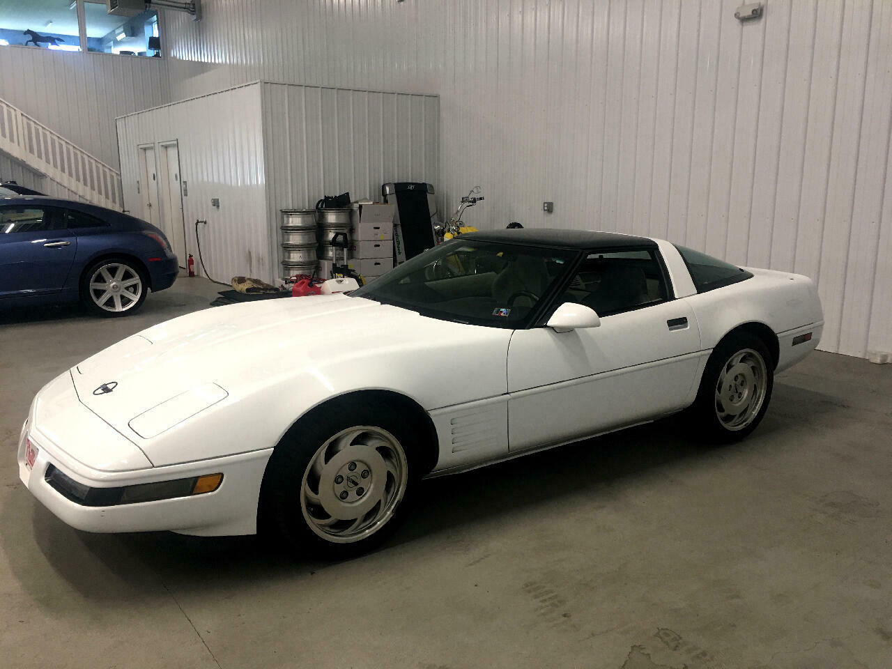 1994 White Chevrolet Corvette Coupe    C4 Corvette Photo 5
