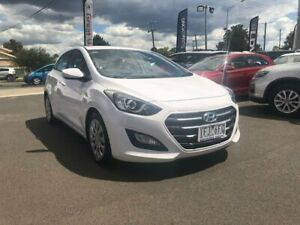 2015 Hyundai i30 White Sports Automatic Hatchback Hoppers Crossing Wyndham Area Preview